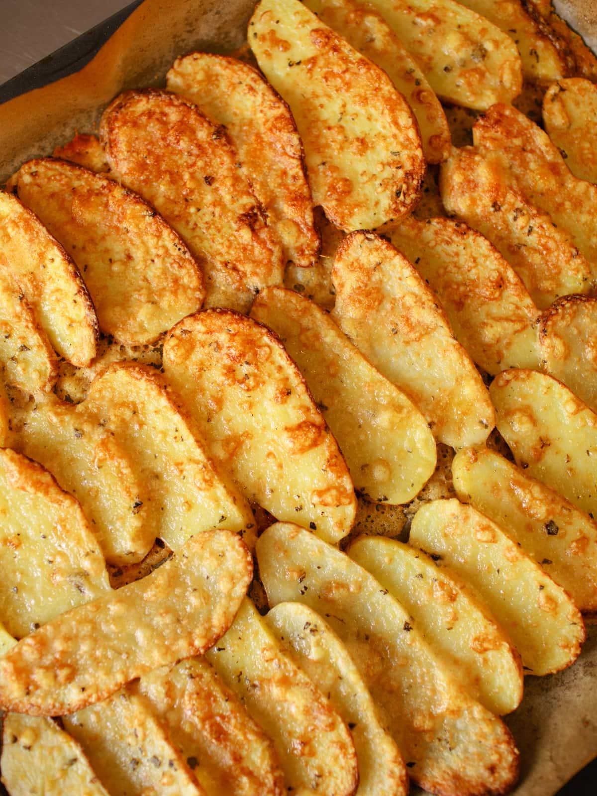 Kartoffelrouladen-gefüllt-mit-Spinat-Ricotta-und-buntem-Gemüse-ökoinstitut-Sterneacker (36)