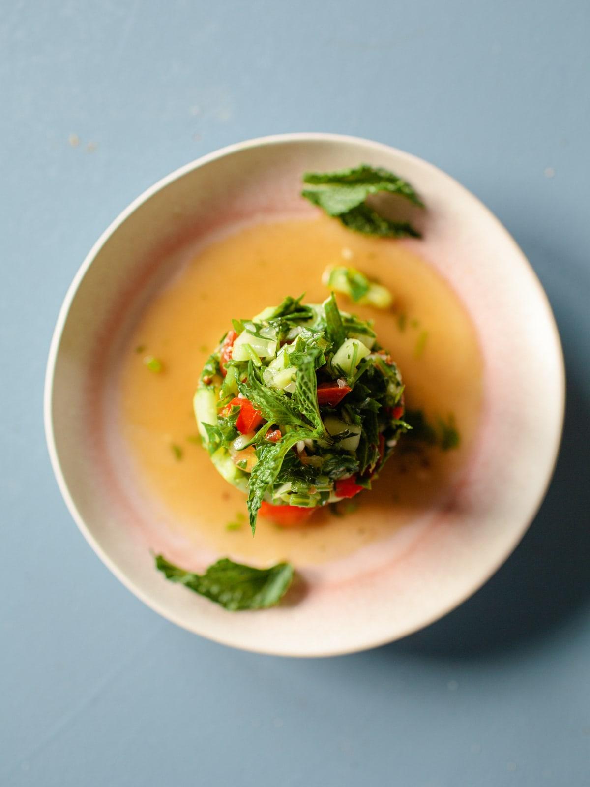 orientalischer gurken-tomatensalat